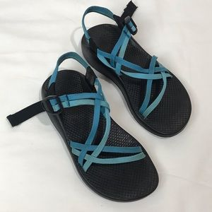 Chacos zx/1 Classic two strap blue sandals size 7